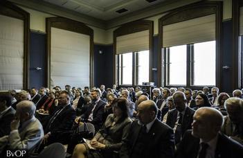 A  Szent Adorján Millenniumi Emlékév konferenciasorozat záróeseménye
