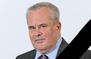 Elhunyt Kajtár István