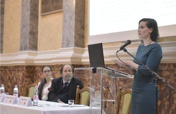 Nagy Noémi előadása a Kossuth Lajos halálának 125. évfordulója alkalmából szervezett konferencián