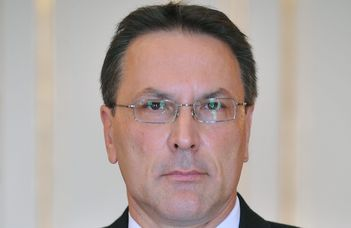 Megemlékezés Nánási Lászlóról (1960-2020)
